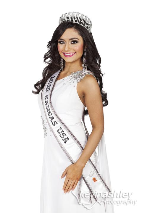 Miss Kansas I Alexis Railsback I Miss USA Beauty Pageant I Kevin Ashley Photography I Kansas City Lifestyle Portrait and Wedding Photographer